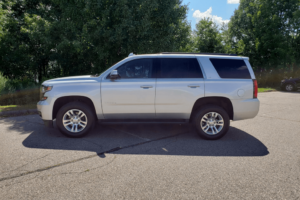 Our Chevy Tahoe seats 6 comfortably and is ideal for large airport pickups and drop-offs. It is also a budget-friendly alternative for nights out on the town.